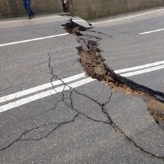 Scorrimento di Montescaglioso, la strada dopo l'alluvione (Raddi)