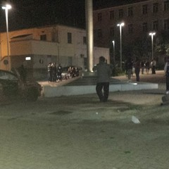 Inusuale incidente in piazza Marconi