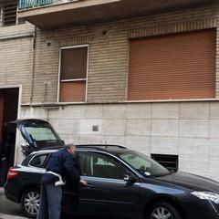 Uomo trovato morto nella propria abitazione in via Cappellutti