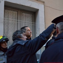 Crolla palazzina all'ingresso dei Sassi, in via Piave