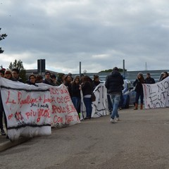 La protesta, sit-in Regione