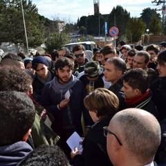 La protesta, sit-in Regione incontro con una delegata
