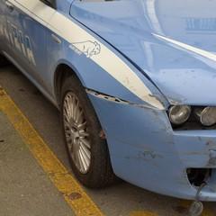 Inseguimento in città di una BMW