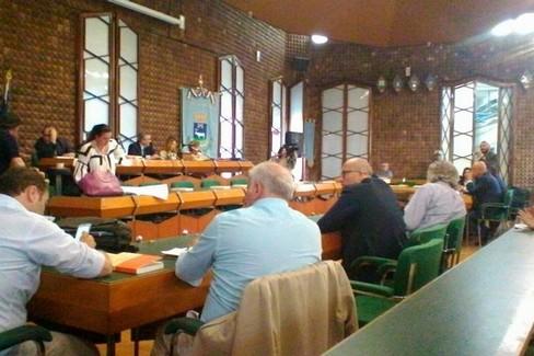 Consiglio comunale, riprende la discussione su destinazione d'uso immobili