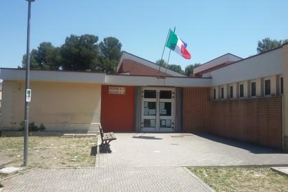 Disagio post- elezioni, scuola La Martella lasciata nel degrado