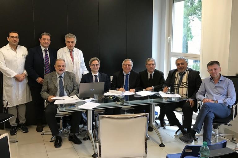 Bari Durante la firma dellaccordo di collaborazione
