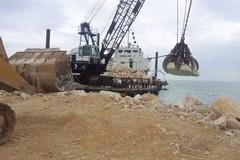 Erosione costiera, altre tre barriere a Metaponto