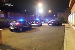 Violenta rissa con bastoni e coltelli, 5 arresti