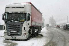Divieto di circolazione per i mezzi pesanti esteso anche a martedì 10 gennaio