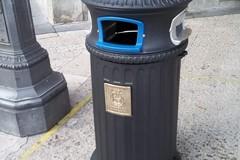 Nuovi cestini portarifiuti nel centro di Matera