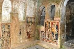 Chiesa rupestre Santa Barbara: necessario il restauro degli affreschi