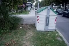 Cassonetti o barriere architettoniche?