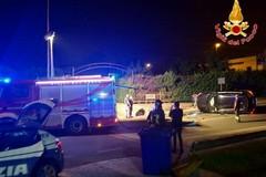 Suv si ribalta in via La Martella, tre feriti