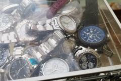 Sequestro di orologi con marchi contraffatti