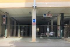 Lavori al parcheggio in via Vena, scoppia la polemica