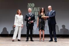 """No time to die"": premiati Cucinotta, Giannini e Lollobrigida"