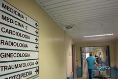 Sit-in all'ospedale di Matera contro gli accorpamenti