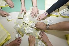 Secondo giorno di voto, nel pomeriggio lo scrutinio