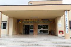 Seggio elettorale lasciato sporco nella scuola di via Lucrezio
