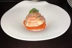 """Ricetta Salata """"Spaghettone gamberi, caciocavallo e melograno"""""""