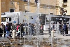 """""""Una vita da social"""": il 21 marzo a Matera il bus della Polizia di Stato"""