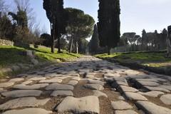 """Paolo Rumiz e Alessandro Scillitani presentano """"La via Appia"""" a Matera"""