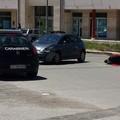 Incidente in via degli Aragonesi, giovane in moto ferito