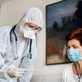 Covid, attivato numero verde per pazienti a casa