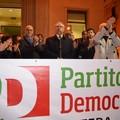 Epifani chiude la campagna elettorale di Pittella, ma è subissato dai fischi