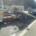 Incidente in via Timmari, tre mezzi coinvolti