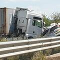 Tragico incidente sulla statale 96 per Bari