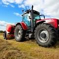Furti di trattori, denunciati cinque agricoltori