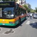 Incidente in via Nazionale. Donna investita da un autobus