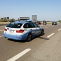 Motociclista morto in incidente stradale, indagini della Polizia