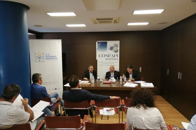 "incontro Fondazione ITS ""Efficienza Energetica""- sede Confapi"
