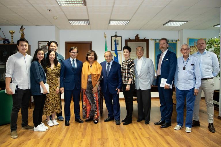 delegazione Hong Kong incontra sindaco De Ruggieri