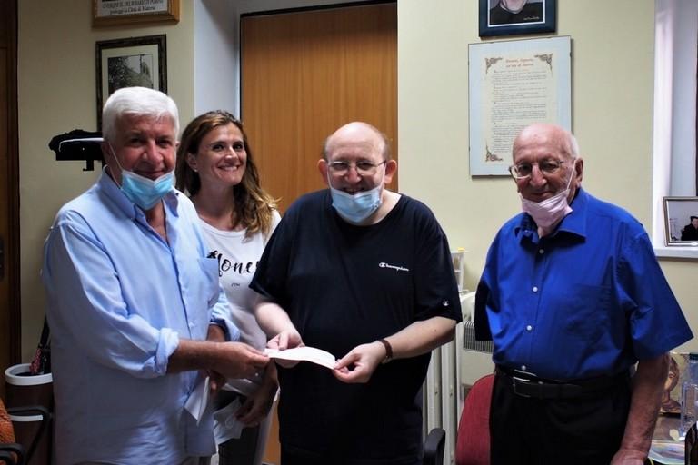 donazione de la scaletta a don Angelo Tataranni