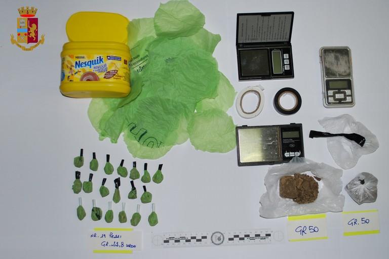 Controlli antidroga sulla Matera-Altamura, due arresti