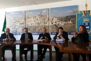 Conferenza stampa Tari e Tasi. <span>Foto Vittoria Scasciamacchia</span>