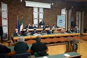 Consiglio comunale, passa il riconoscimento dei debiti fuori bilancio
