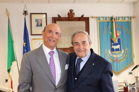 Ambasciatore Usa L. Eisenberg e sindaco R. De Ruggieri
