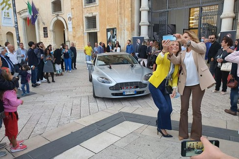 Aston Martin di James Bond