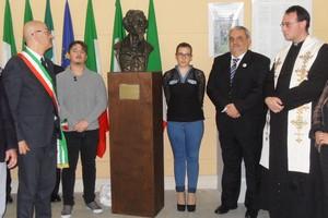 Inaugurazione busto G.B. Pentasuglia