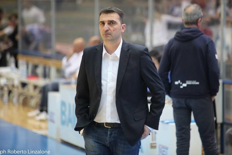 nella foto il coach della Olimpia Matera Agostino Origlio. <span>Foto Roberto Linzalone</span>