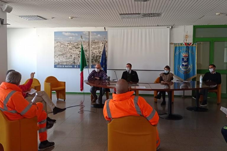 lavoratori tecno service ricevuti il Municipio