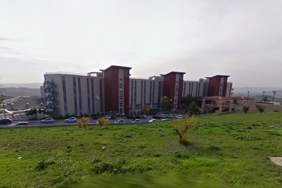 Ospedale di Matera, è polemica per le decisioni della Regione