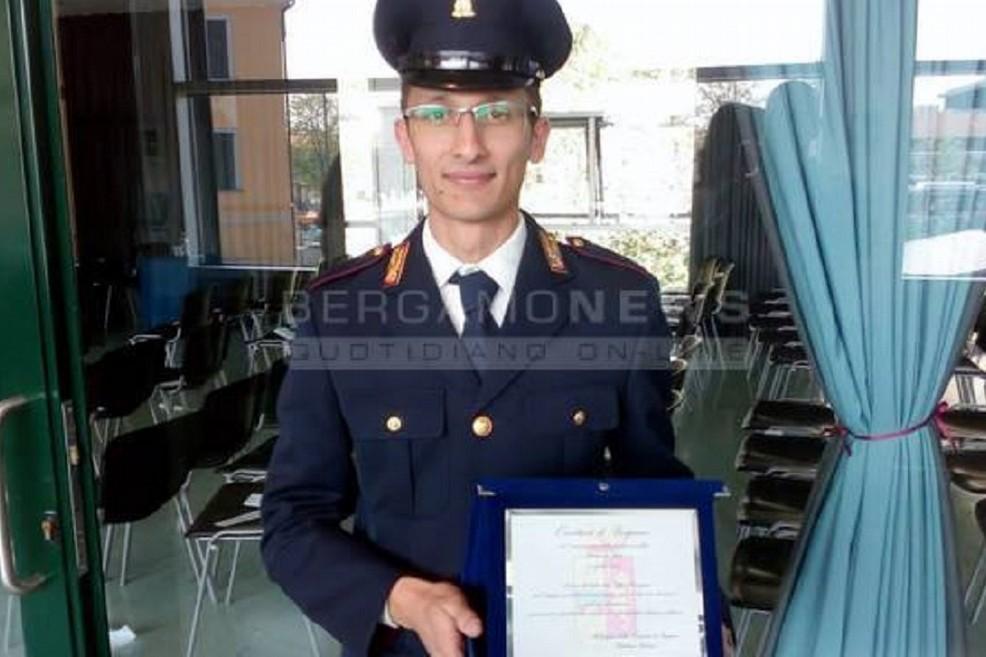 Poliziotto Luca Farella