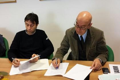 Firma risoluzione consensuale Comune e Ater di Matera