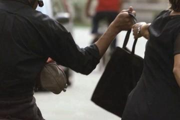 Scippo furto borsa