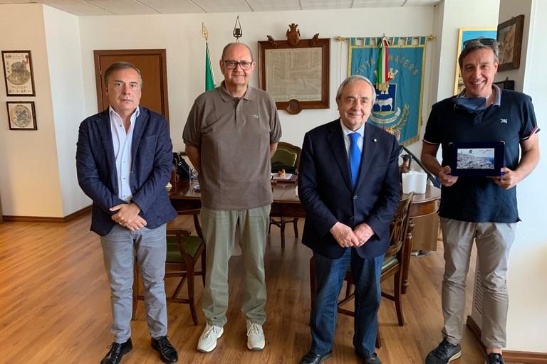sindaco incontra rappresentanti CBM calcio a 5